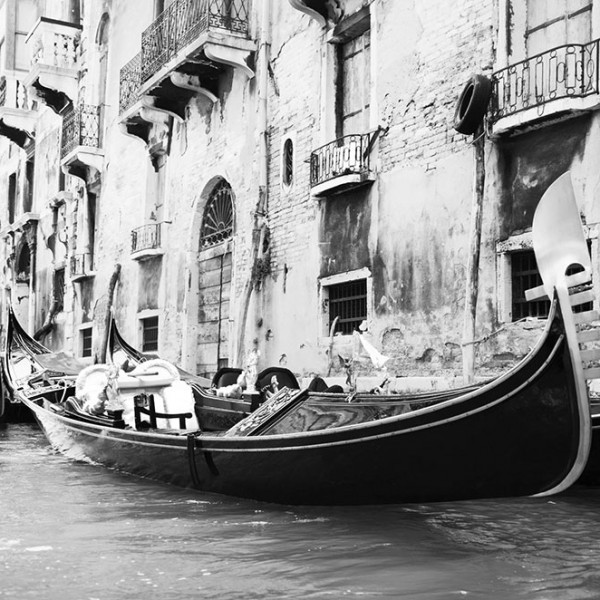 Murals Ships and Boats Gondola in Venice-2D92F7