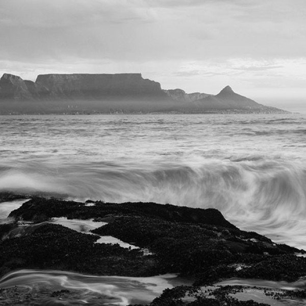 Murals Beaches and Waterfalls Cape Town  Mountains-F5CF60