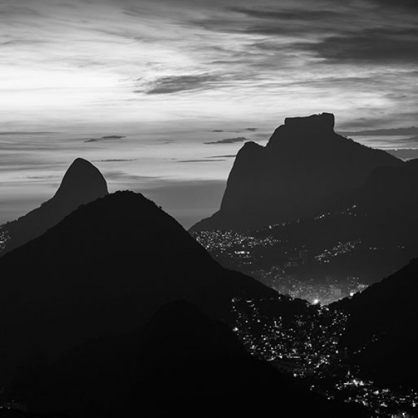 Murals Mountains and forests Night Rio De Janiero-D37B5D